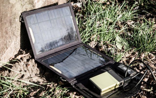 System zasilania w terenie. Jak ładować sprzęt na wyprawie?