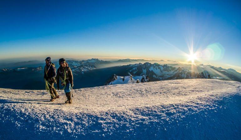 Sprzęt na pięciotysięcznik – Kazbek, Elbrus, Damavand
